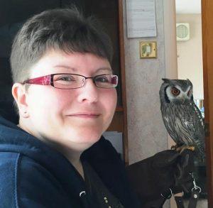 Sadie-with-Zoo2U-Owl-Bumble